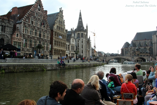 Boat tour thru the canals of Gent