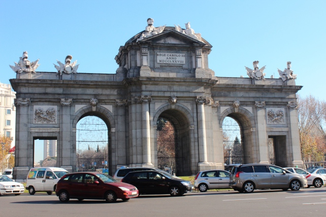 Madrid journey around the globe for Puerta 8 bernabeu