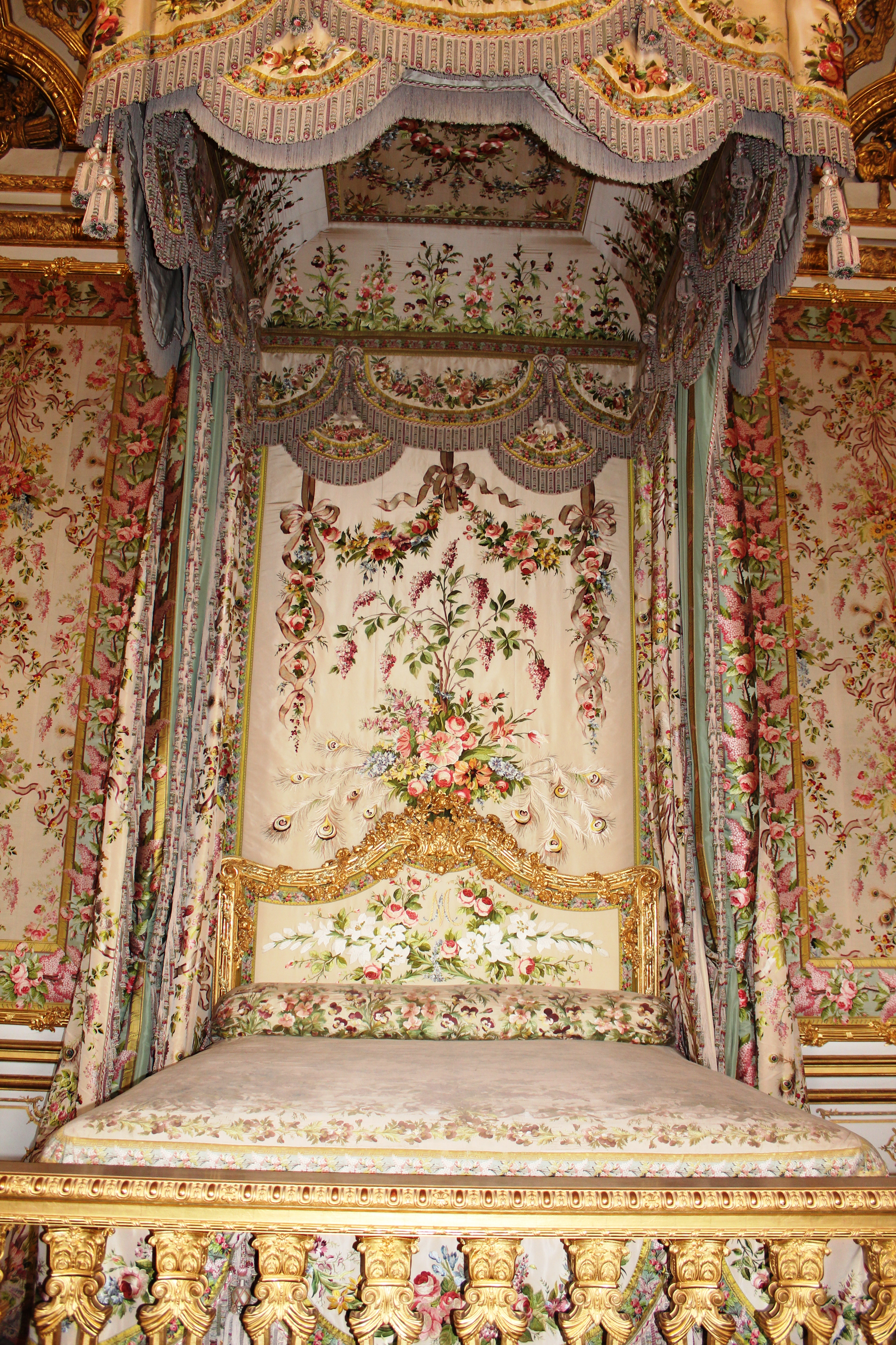 Rooms: A Day In The Palace – Versailles, France