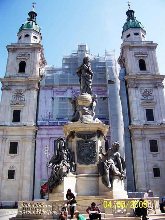 Salzburg Cathedral in Domplatz