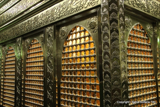 Rawdah or tomb of Sayyidina Hussine AS (grandson of Prophet Mohamed SAW) inside Al-Hussein Mosque, Cairo, Egypt