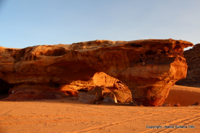 A stone arch in Wadi Rum