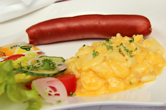 My lunch in Frankfurt - a frankfurter with potato salad and garden salad mix