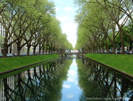 A lake/river by Koningsallee in Dusseldorf, Germany
