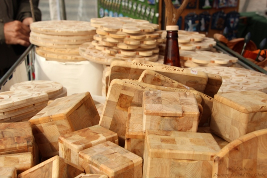 Coasters and boxes made from Juniper trees - some typical Finnish souvenirs in Helsinki