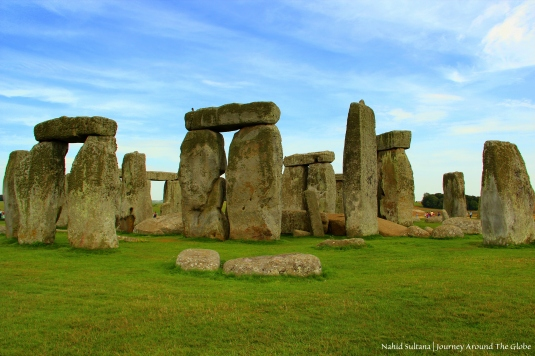 Aligned with the midsummer sunrise and midwinter sunset, the main purpose of Stonehenge still remains a mystery