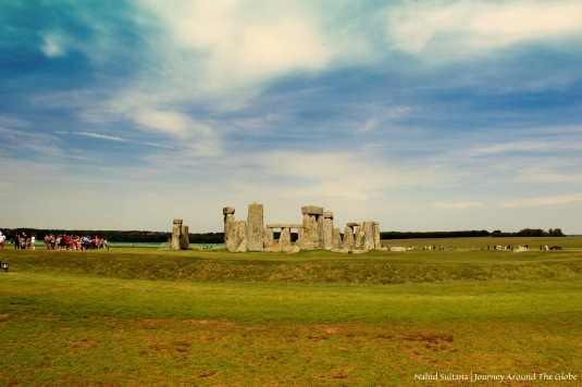 Stonehenge and its surrounding plain in Salisbury, England