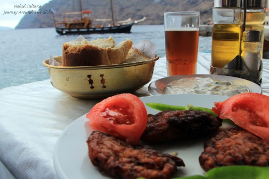 Lunch in Thirassia - fried tomato balls