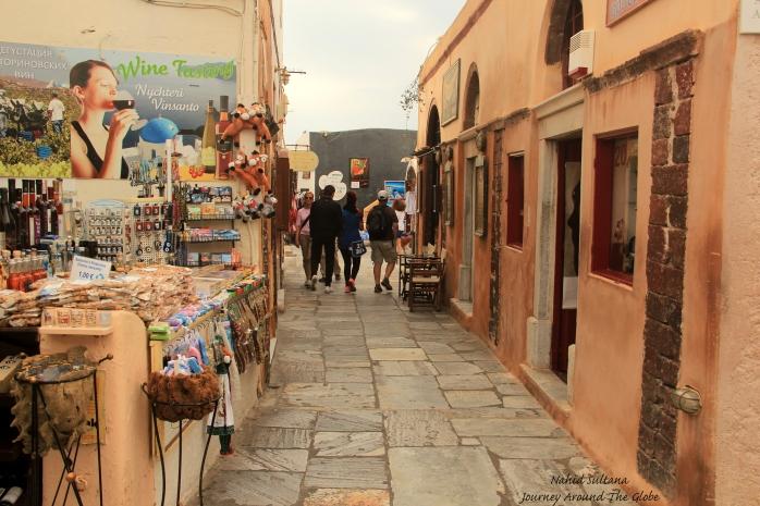 Shopping district of Oia, Santorini