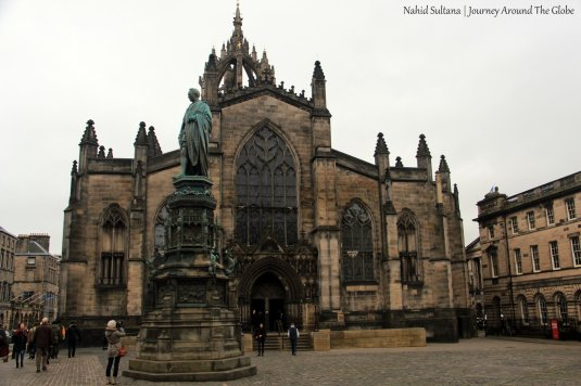 St. Giles Cathedral on Royal Mile in Edinburgh