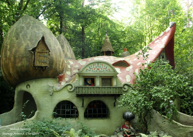 A gnome's house in Efteling