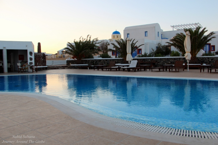 Swimming pool in my hotel, Laokasti Villas, in Oia, Santorini