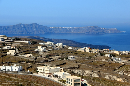 Stunning view of caldera and Aegean from Pyrgos Castle