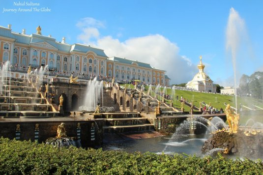 Peterhof Garden and Palace in St. Petersburg