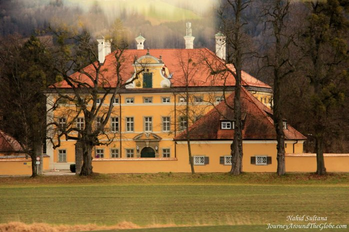 "Frohnburg Palace, they used only its front facade for captain's home in ""Sound of Music"""