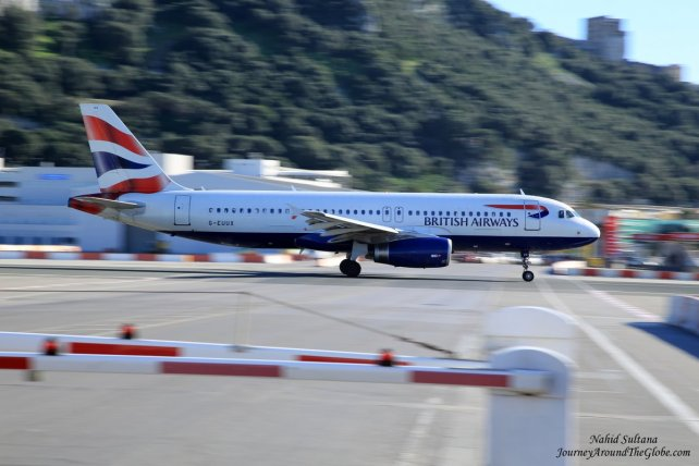 A British Airways taking off in front of our eyes in Gibraltar Airport