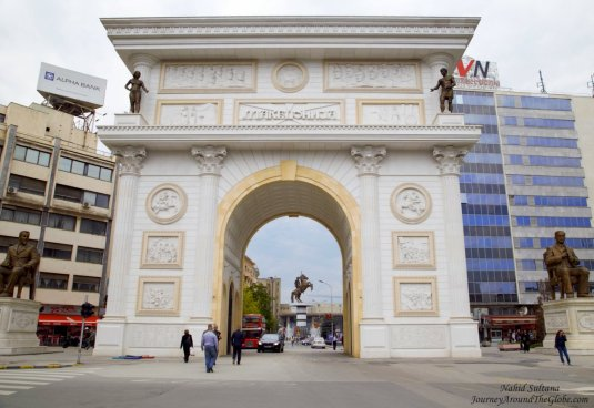 Porta Macedonia - a triumphal arch gate in Skopje to celebrate 20 years of independence of Macedonia