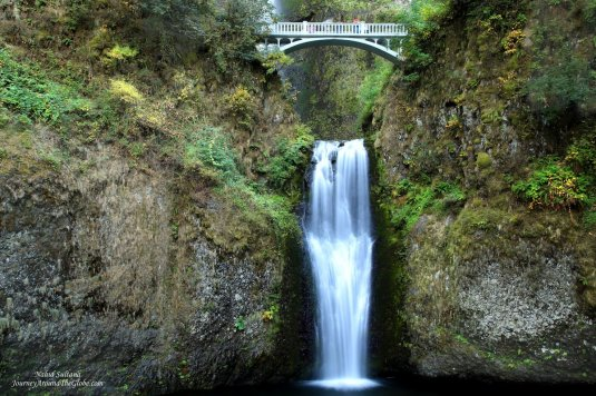 Lower Multnomah Falls and historic Benson Bridge in Oregon