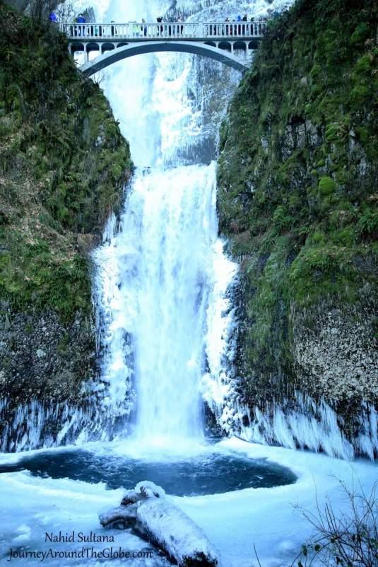 Multnomah Falls in January