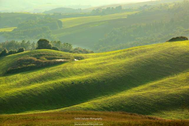 Scenic drive from San Gimignano to Volterra in Tuscany, Italy