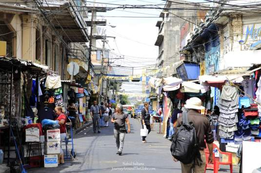 Busy life in downtown San Salvador