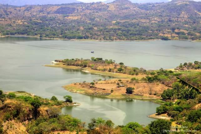 Lake Suchitlan in El Salvador