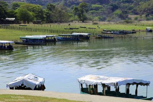 Situated by Lake Suchitlan, Suchitoto is a beautiful town in El Salvador