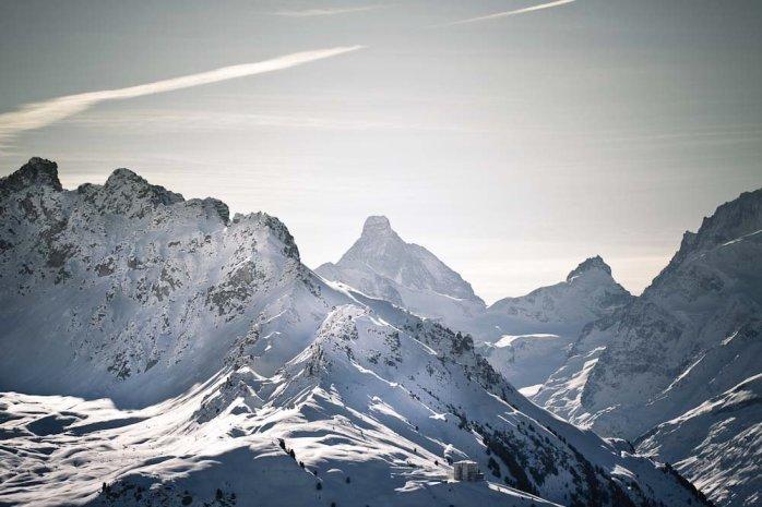 Matterhorn  != Toblerone