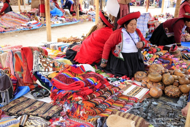 Vendors at Chinchero open market with their crafts