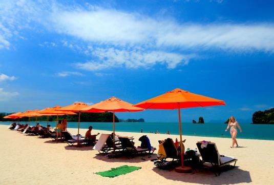 beach-694868_1280