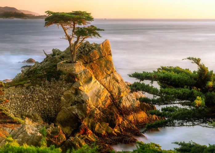 https://pixabay.com/en/pebble-beach-california-sea-ocean-2243449/