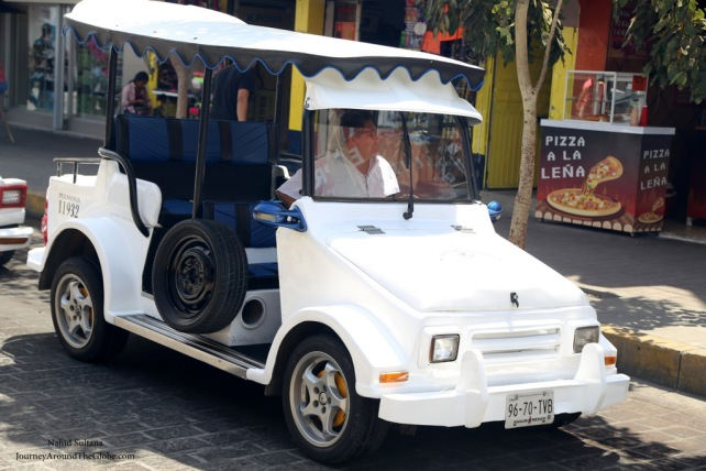 Taxi in Mazatlan, Mexico, called Pulmonia